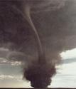 http://i60.servimg.com/u/f60/09/00/87/29/th/tornad10.jpg