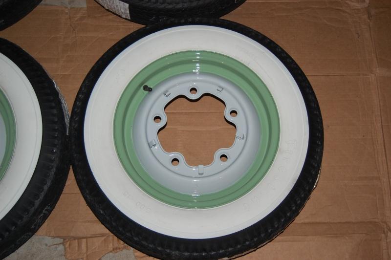 ou se procurer des vrai pneus a flancs blancs page 2 carrosserie chassis frein. Black Bedroom Furniture Sets. Home Design Ideas