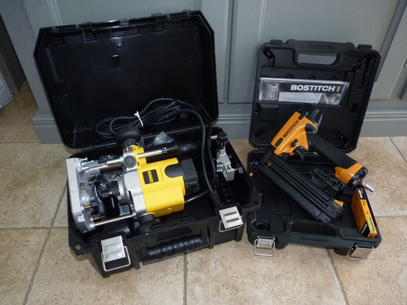 Help me pick a router black decker rp250 vs dewalt dw616 page 2 choiced the of1010 io found this last pupies to pricey so i was surching an another solution the dw621 was it and i got it under tree for christmas greentooth Image collections