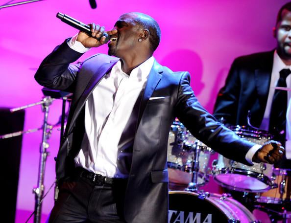 Akon Feat. Ludacris - Drop Down