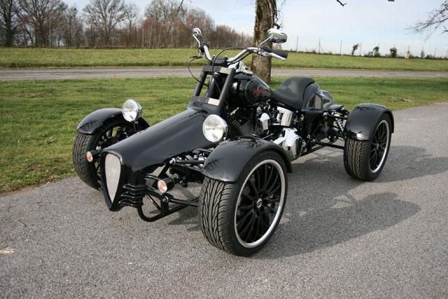harley davidson limoges propose une harley 4 roues. Black Bedroom Furniture Sets. Home Design Ideas