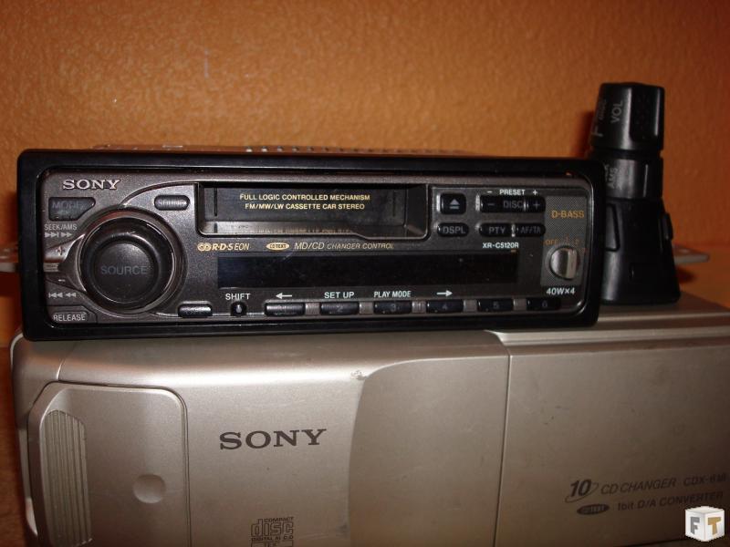 r solu autoradio sony xr c5120 r avec chargeur cd et commande au volant. Black Bedroom Furniture Sets. Home Design Ideas