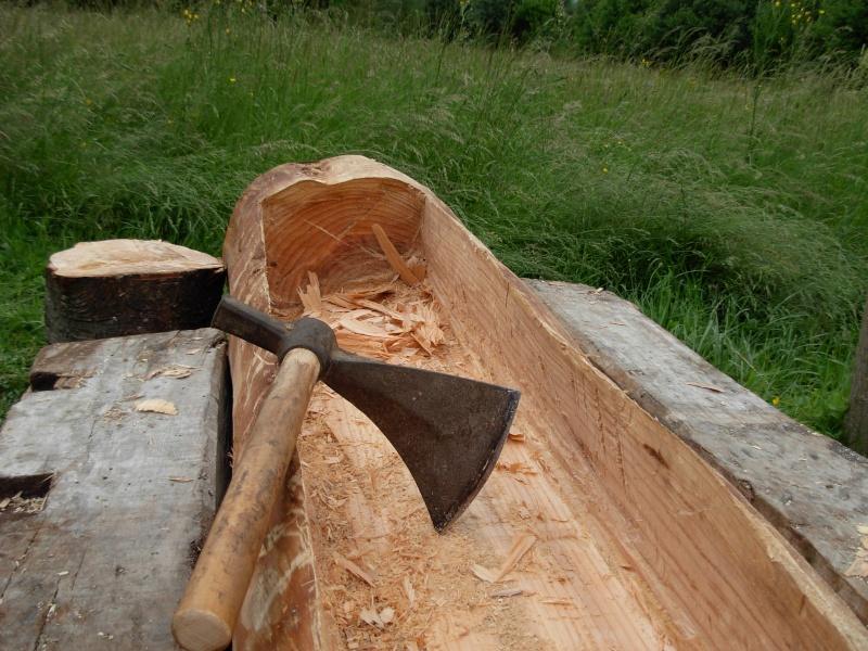 Conseils sculpture d 39 une fontaine dans un tronc d 39 arbre - Fabriquer bassin en bois nanterre ...