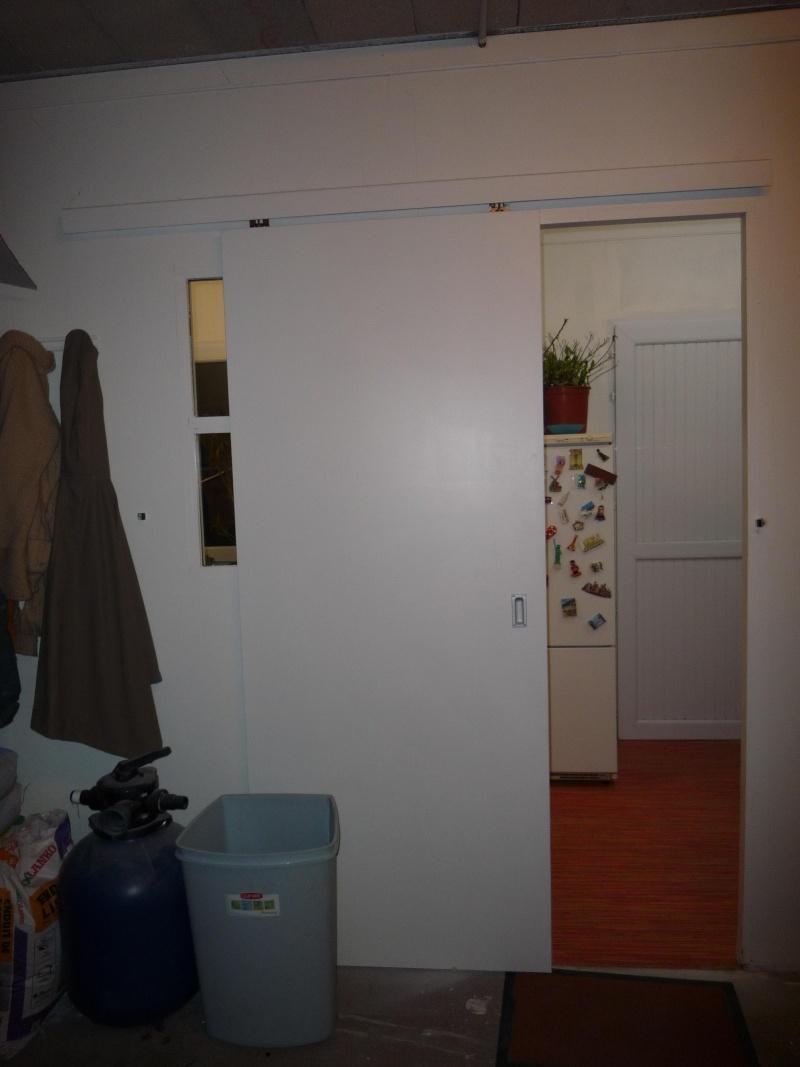 Portes coulissantes - Changer une porte de chambre ...